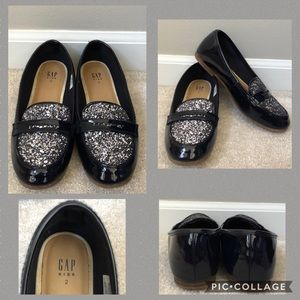 GAP Youth 2 Navy/Silver Glitter Flats